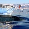 Бірюзові льоди Байкалу, чисті як сльоза