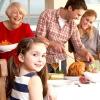Діти розумніше дорослих за святковим столом