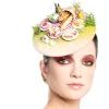Дизайнер створює капелюшки у формі суші і яєчні