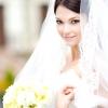 Дизайнери представили весільні сукні 2014-2015