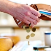 Як відбувається виплата аліментів у Казахстані?