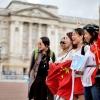 Китайцям заборонили колупатися в носі і плямкати