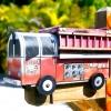 Незвичайні поштові скриньки в маленькому американському містечку
