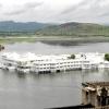 Озерний палац - розкішний готель з багатою історією