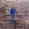 По канату через гранд-каньйон