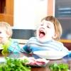 Чому дитина поводиться як голодний?