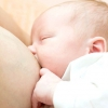 Режим годування немовляти і відповіді на питання молодих мам