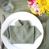 Серветка у формі сорочки до святкового столу