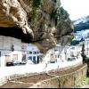 Сетеніль де лас Бодегас - місто під скелею