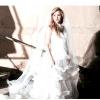 Шакіра приміряла весільну сукню