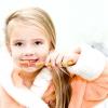 Щітка і паста допоможуть навчити дитину чистити зуби