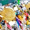 Замки кохання загрожують мостам парижа