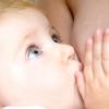 Наш малюк не бажає відмовлятися від грудей