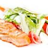 Риба, запечена з овочами і сиром моцарелла